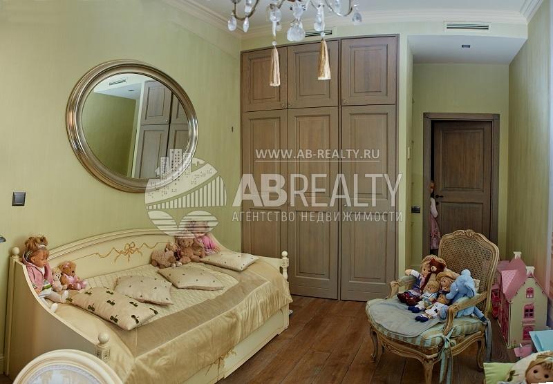 Детская комната в квартире на 14 этаже в Заповедном