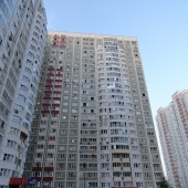 Под занавес фотография самого дома в 25 этажей