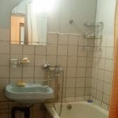В ванной требуется ремонт!