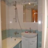В ванной комнате тоже всё отлично в квартире на ул. Воронцовские Пруды, 9