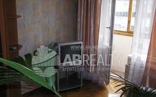 Фотографий мало от собственника по ул. Ефремова, 9 - это комната