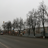 Трасса перед домом в поселке железнодорожном