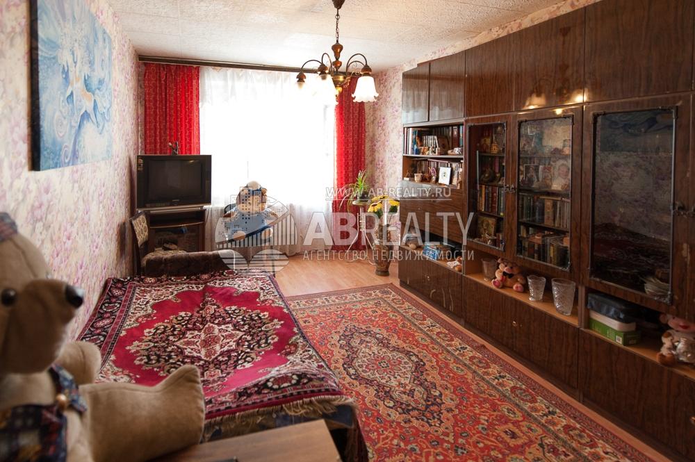 Самая большая комната в квартире, которая продается сейчас в Ясенево