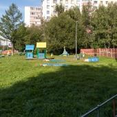 И снова детская площадка