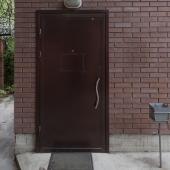 Общая дверь с сигнализацией