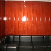 Вид дивана из этого кабинета