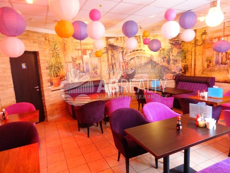 Фотография основного зала в кафе