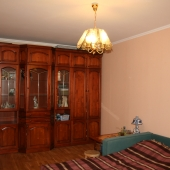 Стенка во второй комнате