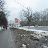 Вид около дома №6 в сторону ул. Островитянова