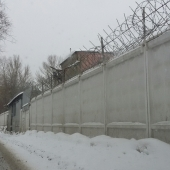 Забор по всему периметру
