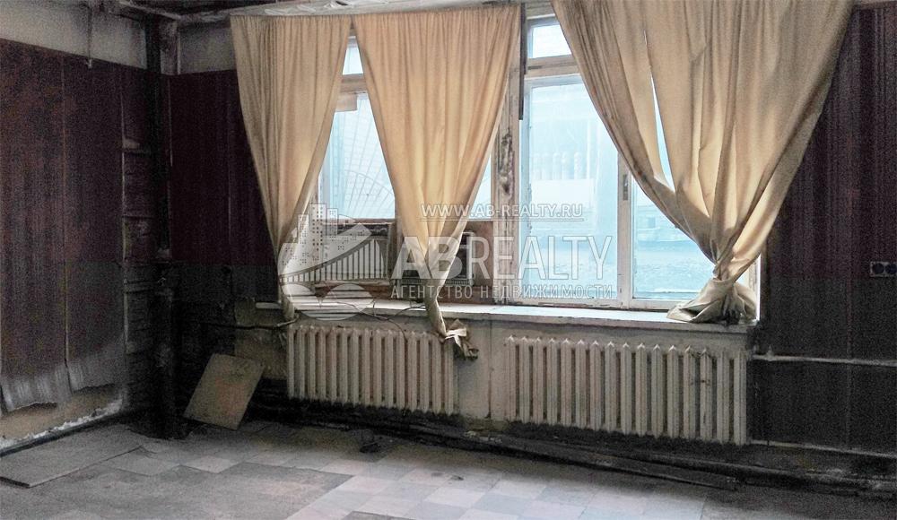 Общая комната под склад или производство на первом этаже