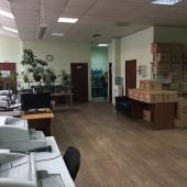 Удобно, когда необходимо расположение офисов рядом со складом или производством