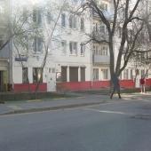 Выходят окна на Мещанскую улицу