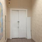 Комната небольшая