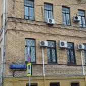 Здание имеет 6 этажей