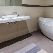 Состояние приличное у ванной комнаты