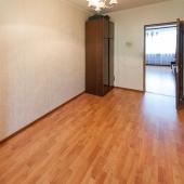 Эта комната по площади 11.5 кв.м.