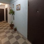 Общий коридор за дверями