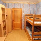 Такая кровать этажерка