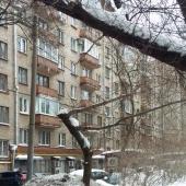 Двор дома на Комсомольском пр-те, д. 34