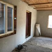 Дом доделать, конечно, придется. Находится он в СНТ Рассудово.